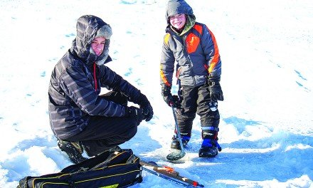 Ice fishing tournaments reeling them in