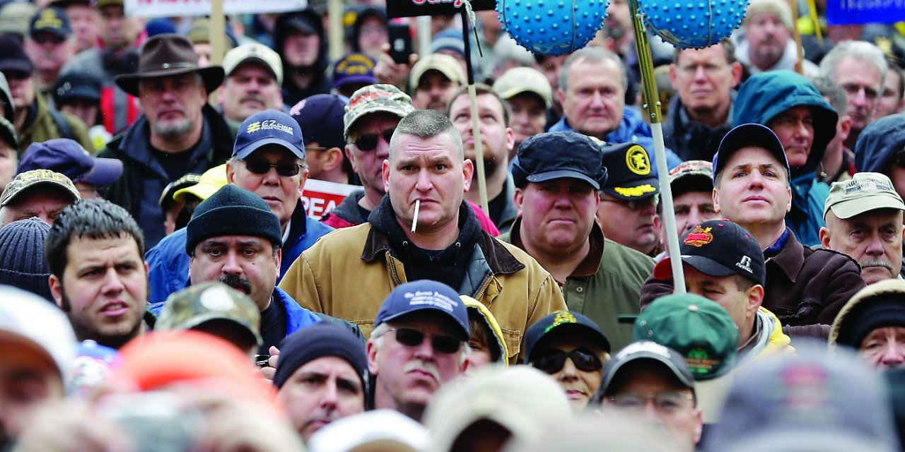Thousands protest state gun restrictions