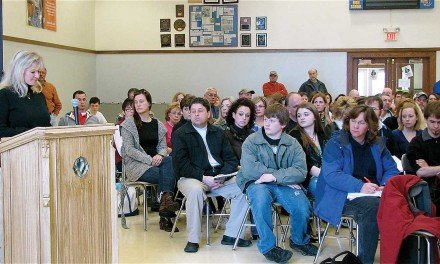 More than 100 pack Mayfield School District budget forum