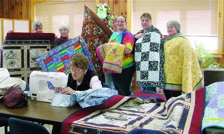 Edinburg Town Hall Quilters donate to Quilts for Kids