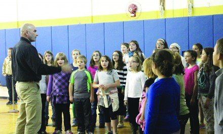 Mayfield Elementary students celebrate veterans at assembly