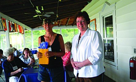 Gibson receives Unsung Hero Award from local AAUW branch