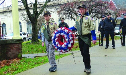 Glove Cities honor veterans during holiday events