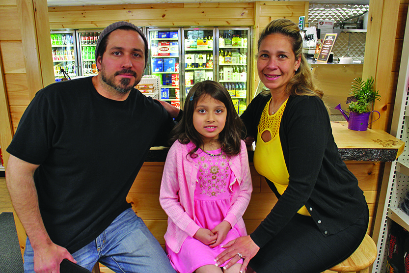 Wells Edge Country Store opens on Route 30